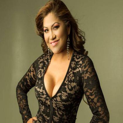 http://artistas.mbnecuador.com/wp-content/uploads/2018/11/maria-de-los-angeles-votar.jpg